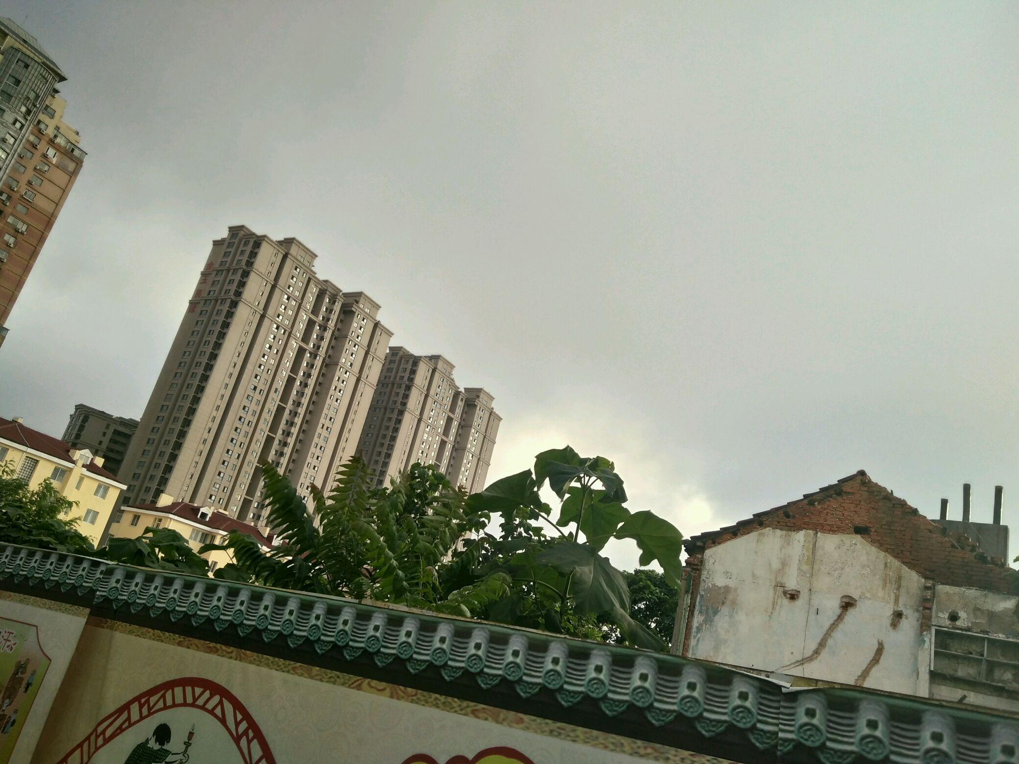 7月19日青岛市内、平度、即墨天空对比