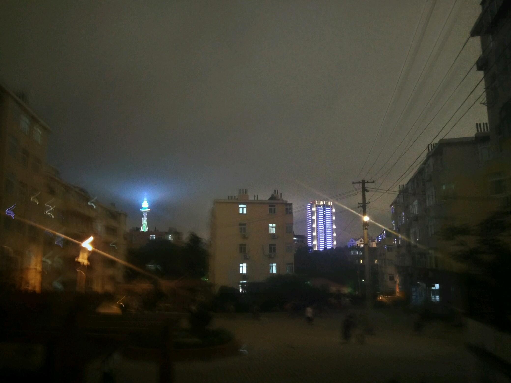 电视塔的光
