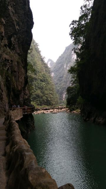 随拍   荔波大七孔风光 9月13日一行六人包车从西江苗寨到了荔波大七孔,在景区住下。