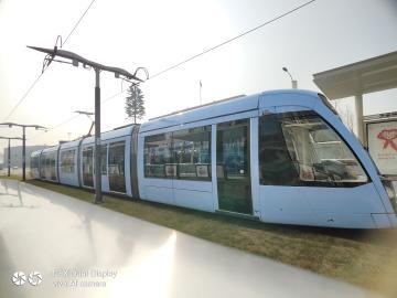 【寻冬】+冬日暖阳下的亮丽风景线之有轨电车